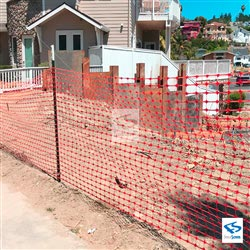 1350 Series Construction Fence Installation