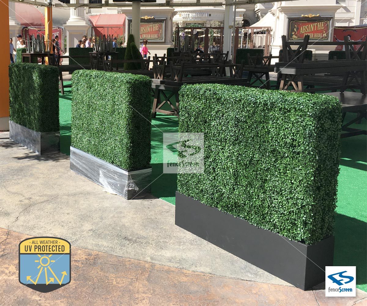 Freestanding Faux Boxwood Hedge With Baxter Contemporary