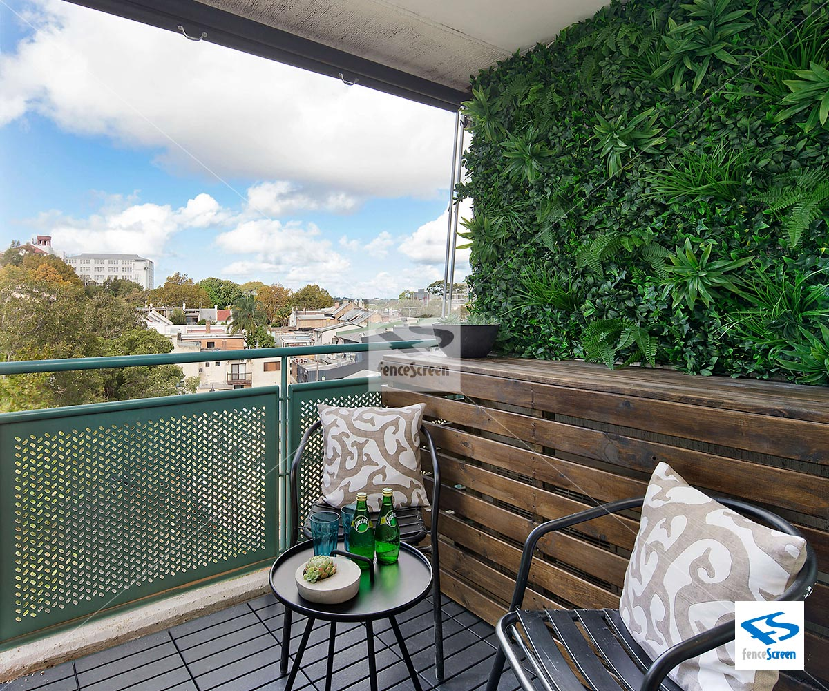 Artificial living wall faux rainforest living wall for Living wall fence panels